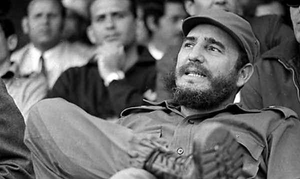 Фидел Кастро е жив, написа писмо на Марадона