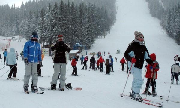 Ски курорти ще радват децата с лифт карти по 1 лв. този уикенд