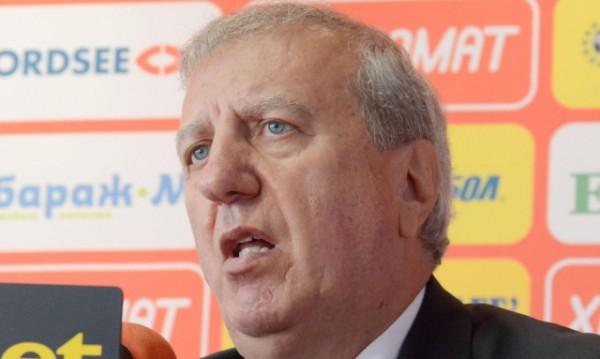 ЦСКА не е сергия за футболисти, отсече Томов