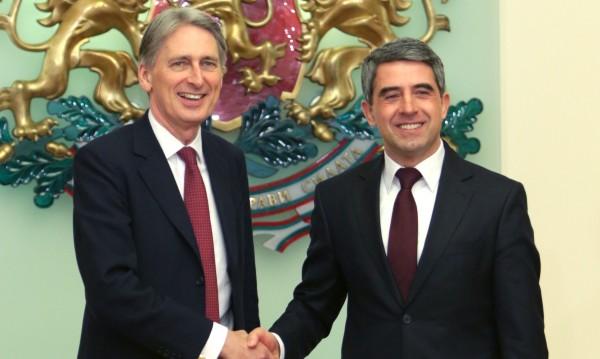 Какво ли правят западните лидери в България?