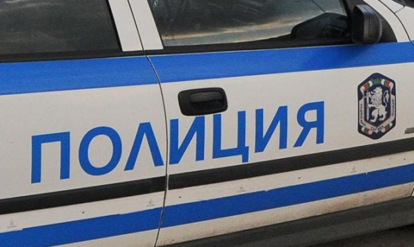 Вандали изпотрошиха улични лампи в Попово
