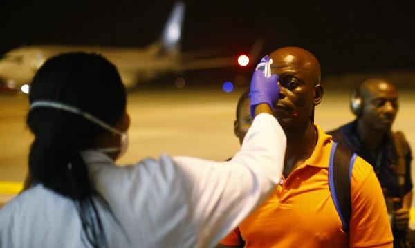 Разпространението на смъртоносния вирус ебола се забавя