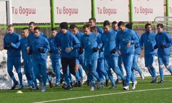Левски разби Вихрен с 8:0 в първи мач за 2015-та