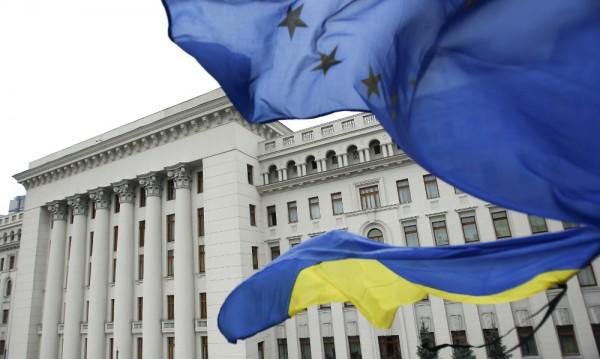Киев призова ЕС да не смекчава санкциите срещу Русия