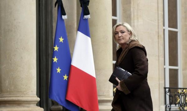 """""""Грешки на френския кабинет направиха възможни атентатите в Париж"""""""