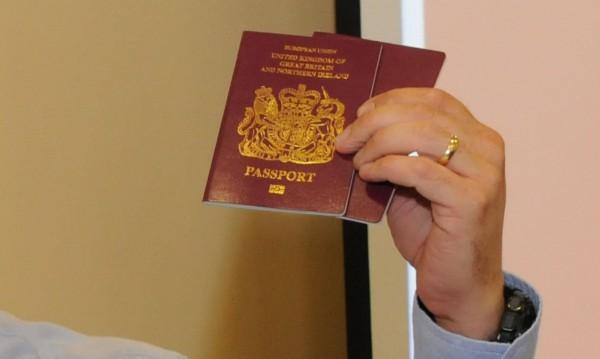 57 500 варненци са с невалидни международни паспорти