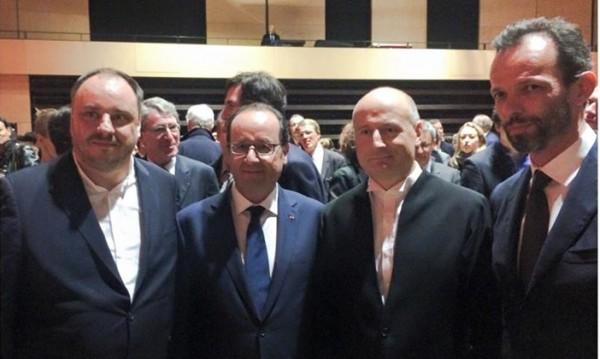 Президентът Франсоа Оланд аплодира Матиас Гьорне в Париж