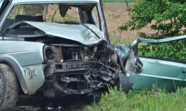 Мъж загина при челен сблъсък на кола с ТИР в Пазарджишко