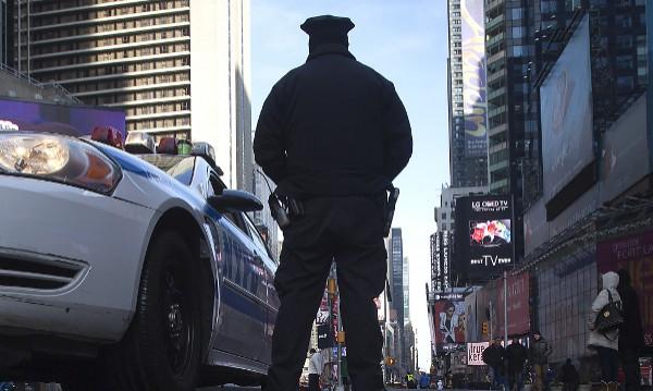 Протести в Ню Джърси след клип с убийство на чернокож от полицай