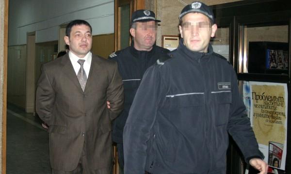 Повдигнаха обвинения на 7 от бандата на Черния Роди
