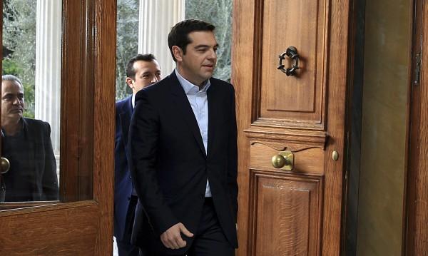Гърция все още е обречена, пише британският печат