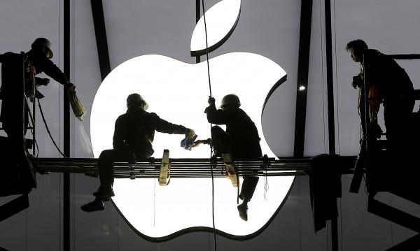 Apple е продавалa по 34 000 iPhone на час