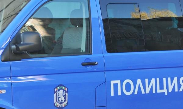 Пиян рожденик размаха резачка срещу полицаи в костинбродско село