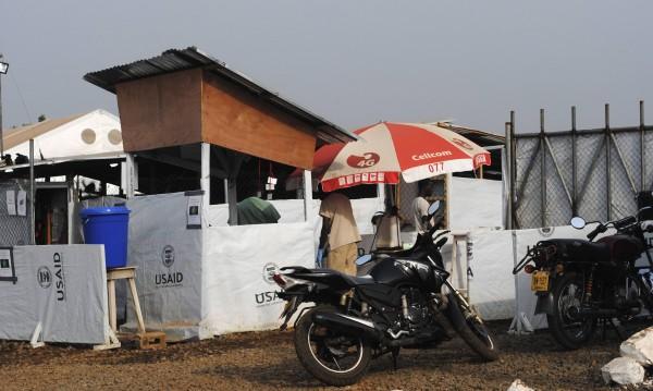 Жертвите на ебола станаха над 9 000