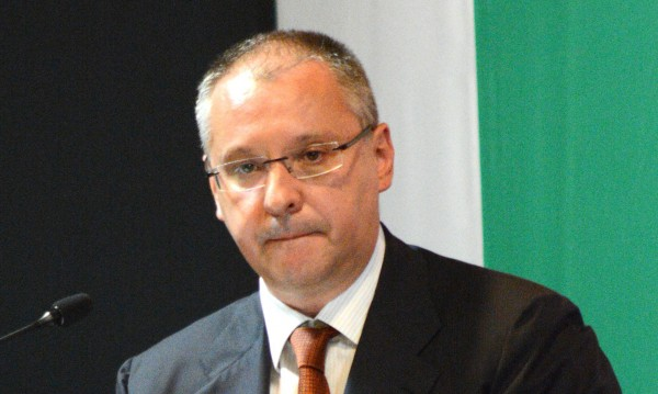 АБВ е една брошка на ревера на Борисов, заяви Станишев