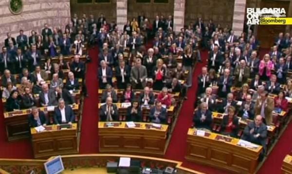 Вот на доверие на кабинета на Ципрас ще гласува гръцкият парламент