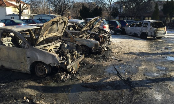 Изгорелите коли в Пловдив - на студенти