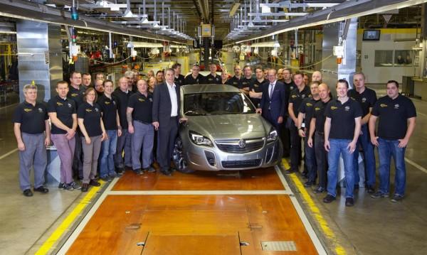 Първият Holden излезе от завода на Opel в Рюселсхайм