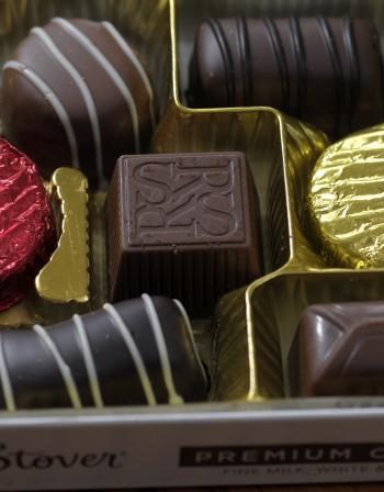 Черният шоколад помага при кашлица