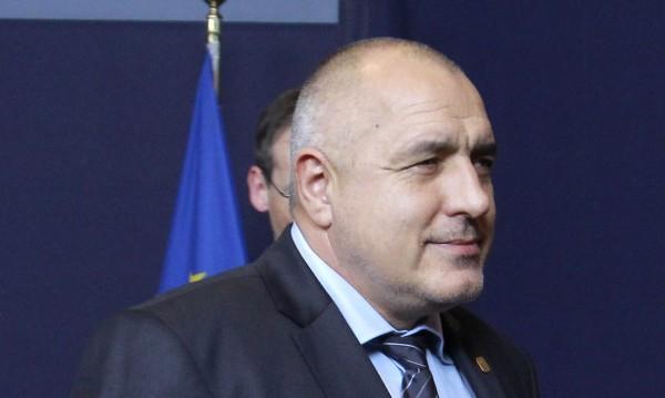 """Борисов: Орешарски да си поеме отговорността за """"Червеи""""-те"""