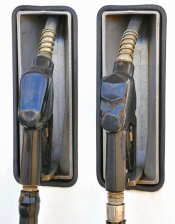 Бензинът и дизелът отново поскъпват