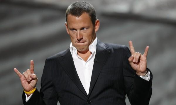 Осъдиха Ланс Армстронг, ще плаща $10 млн.