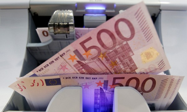 Без помощ отвън Гърция ще има пари най-много до края на март