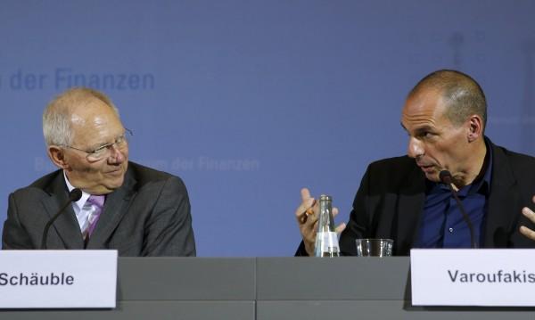 Искането за помощ на Гърция е Троянски кон