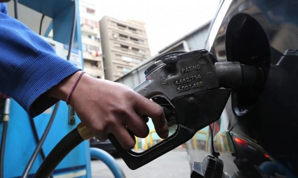 Убива ли евтиният петрол планетата?