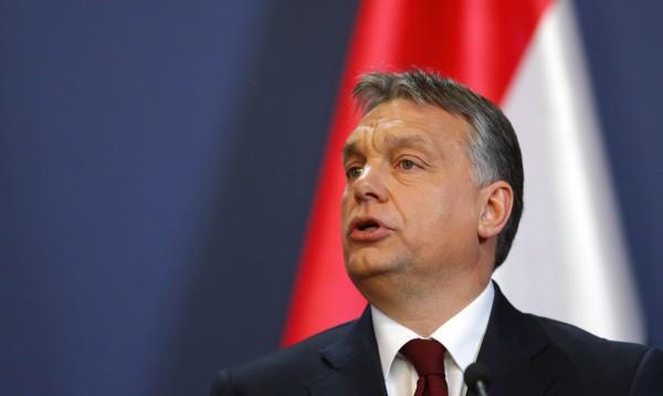 """Партията на Орбан загуби парламентарното си """"супермнозинство"""""""