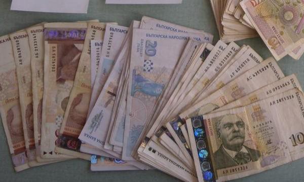 Тристранката обсъжда и новия дълг от 8 млрд. евро