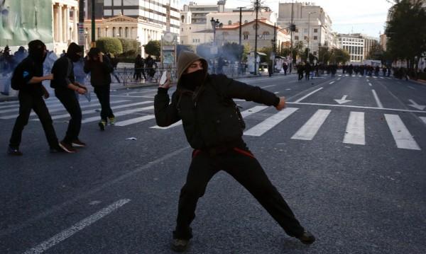 Първи протест в Атина срещу правителството на СИРИЗА