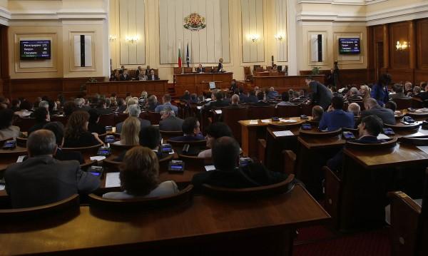 Дончо Баксанов смени ген. Стоян Тонев в парламента