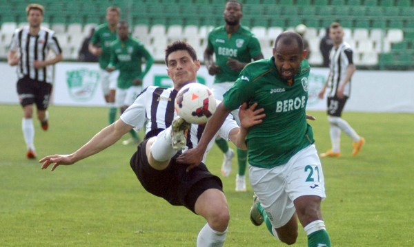 Берое постигна класическа победа с 3:0 над Локо Пловдив
