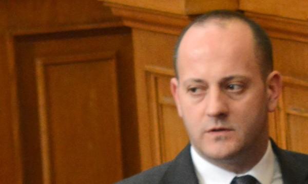 Двама министри имат проблеми с управлението, оцени Кънев