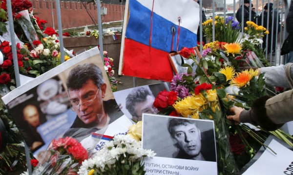 Не пускат спътницата на Немцов извън Москва
