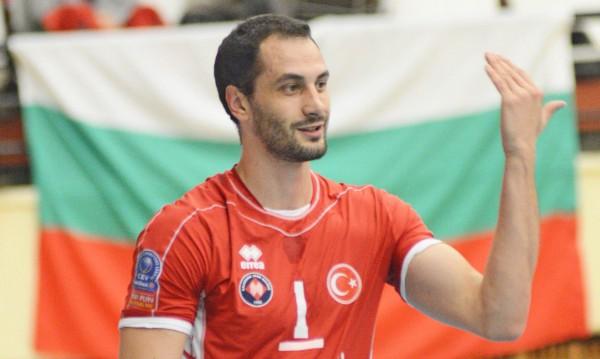 Казийски отново отсвири националния отбор