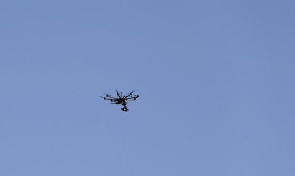 Сигнали за десетина прелитания на дронове над Париж