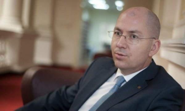 Румен Йончев оглави комисията в НС за българите в чужбина