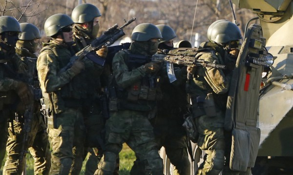 Руски военни учения в спорни територии отвъд границите