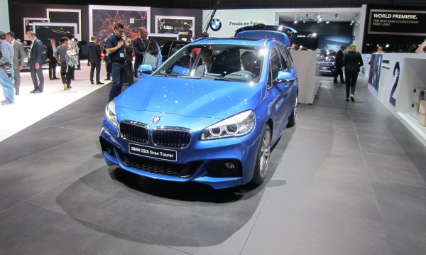 Новият ван на BMW дебютира в Женева