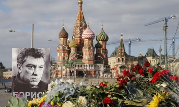 Още двама души са арестувани за убийството на Немцов
