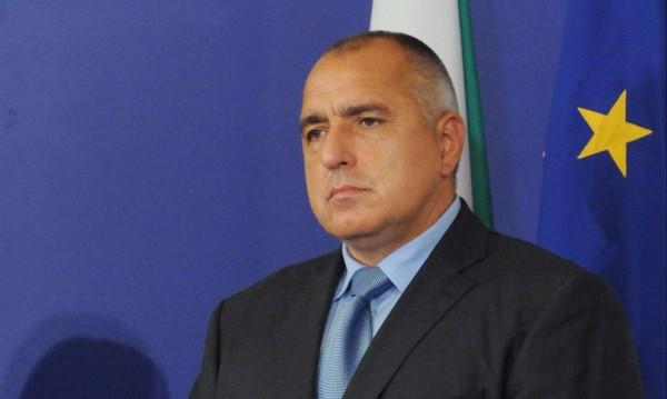 Борисов се стреми да спре бъркотията в сигурността