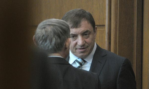 Съдът пусна Алексей Петров в чужбина