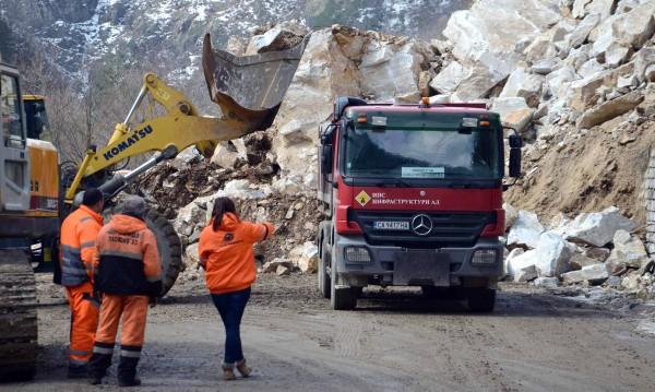 Трети ден блокада на пътя Пловдив-Смолян