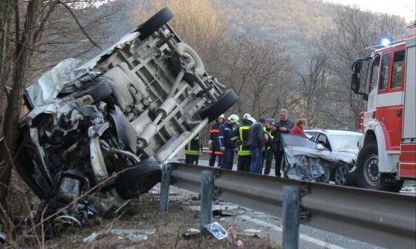 Две жертви и 28 ранени на пътя за денонощието