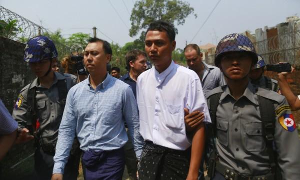 Трима отиват в затвора в Мианма заради обида към будизма
