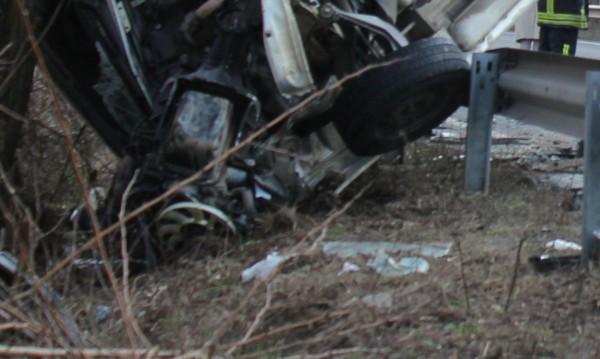Жена ранена след удар на ТИР в кола край Кресна