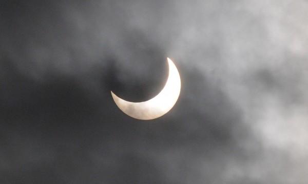 Без селфита по време на слънчевото затъмнение