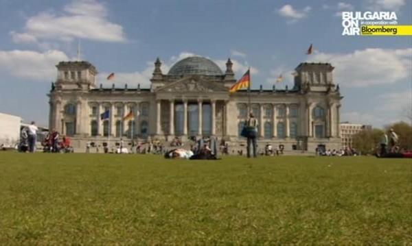 На четири очи: Ципрас отива при Меркел в Берлин